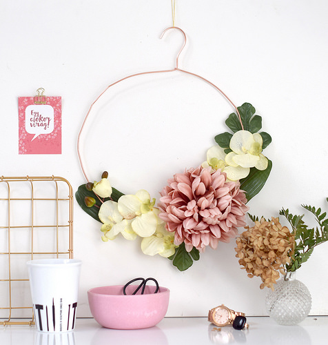 DIY – Flower wreaths for your home
